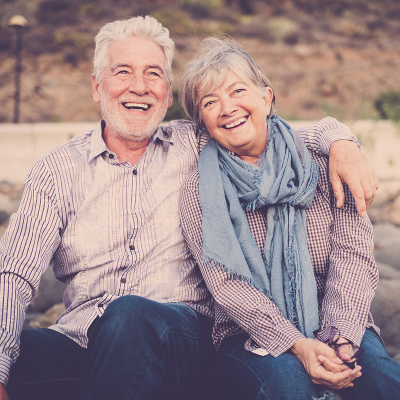 happy-smiling-old-couple