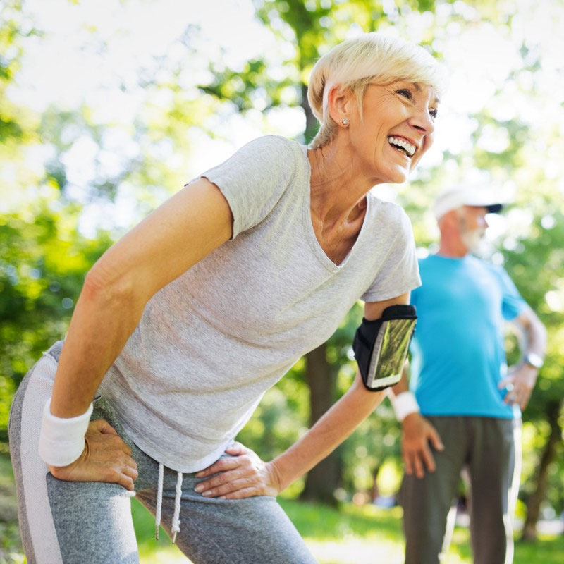 old-couple-excercising